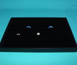 18047 300x255 - Подставка для сережек(пластик) 16,5*10, № 189