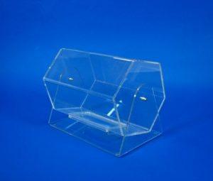 lototron 300x255 - 7-3 Карман плоский А4 со скошенным уголком, с двухсторон.скотчем,225*310